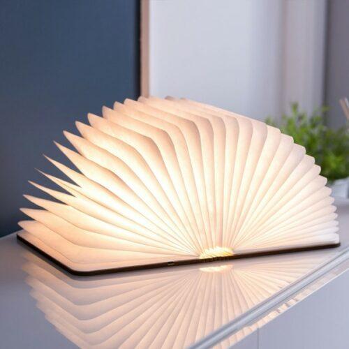 lampe livre en bois Halo luminaires concept store à Blois