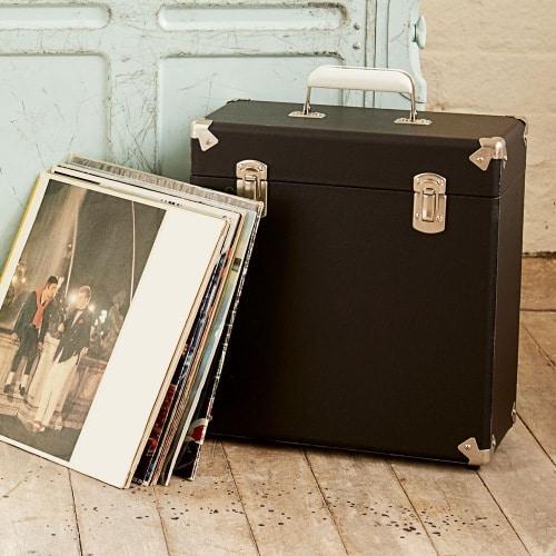 Une boite de rangement élégante pour protéger vos 33 tours et transporter vos disques vinyles.
